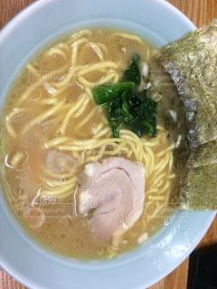 食べ物,横浜,料理,ラーメン,つけ麺,豚骨,チャーシュー,海苔,醤油,メンマ,煮卵,家系,のり