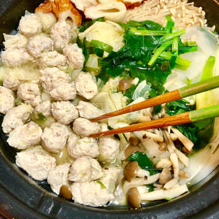 肉と野菜いっぱいの鍋の写真・画像素材[1706216]