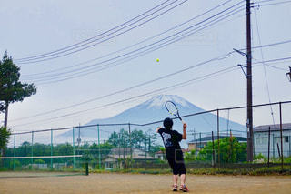 空,富士山,スポーツ,山,テニス,一眼レフ,一眼,デジタル一眼,サーブ,クレーコート