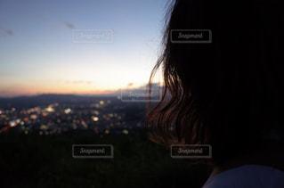 女性,風景,空,秋,夜景,ヘアスタイル,屋外,夕暮れ,女の子,人物,人,秋空,パーマ,ゆるふわ,インスタ映え