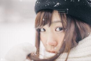 近くに帽子をかぶっている女の子のの写真・画像素材[1611973]