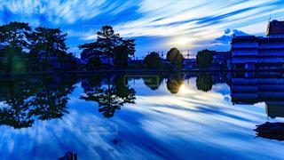 秋,屋外,雲,青,水,池,景色,日差し,樹木,奈良,猿沢池,秋空