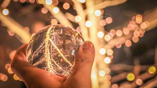 夜,夜景,木,街,オレンジ,イルミネーション,Snapmart,明るい,night,LED,街路樹,水晶,アンバサダー,グランフロント大阪,シャンパンゴールド,レンズボール