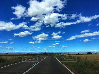 青空と雲の写真・画像素材[2431901]