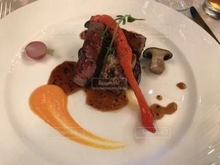 ディナー,肉,フレンチ,ステーキ,夜ご飯