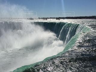 2月のナイアガラの滝の写真・画像素材[1499270]