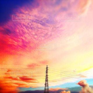 カラフル夕焼け空の写真・画像素材[1560435]