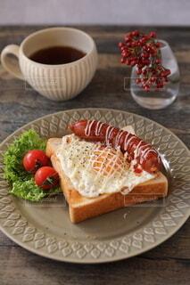 食べ物,コーヒー,朝食,ランチ,パン,トマト,目玉焼き,昼食,朝ごはん,おいしい,ソーセージ,ブランチ,パンランチ,ジョンソンヴィル,チリチーズ