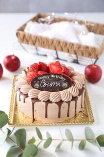 お誕生日ケーキの写真・画像素材[3990183]