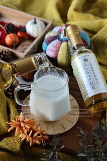食べ物,秋,お酒,屋内,ボトル,ドリンク,アレンジ,アンバサダー,ホットミルク,養命酒,ハーブのお酒,はちみつのお酒