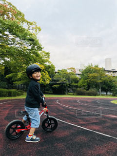 公園,秋,スポーツ,散歩,子供,ストライダー,運動の秋