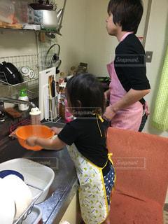 キッチン,親子,掃除,お手伝い,洗い物,子どものいる暮らし