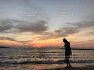 自然,海,空,夕日,太陽,夕暮れ,癒し,旅行,秋空