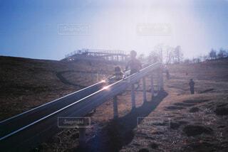 ロング滑り台の写真・画像素材[4296141]