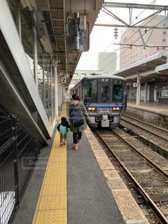 列車が駅に引いての写真・画像素材[1793577]