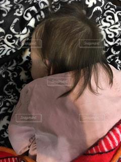 お昼寝中の写真・画像素材[2288645]