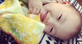 笑顔の写真娘の写真・画像素材[2344481]