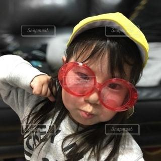 ファッション,アクセサリー,サングラス,少女,眼鏡,人物,人,顔,メガネ,身に着ける