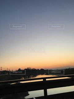 風景,空,秋,橋,夕焼け,夕暮れ,夕方,オレンジ,美しい,オレンジ色,夕空,秋空,インスタ映え,橋上