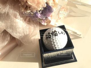 プロポーズはゴルフボール♡の写真・画像素材[2965654]