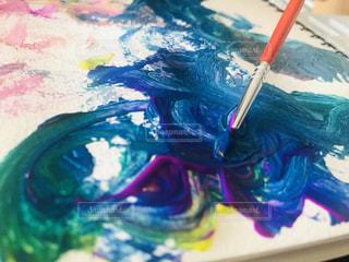 3歳児の水彩画の写真・画像素材[2991507]