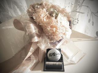 プロポーズはゴルフボールの写真・画像素材[2992505]