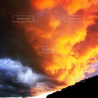 空の雲のクローズアップの写真・画像素材[2416803]