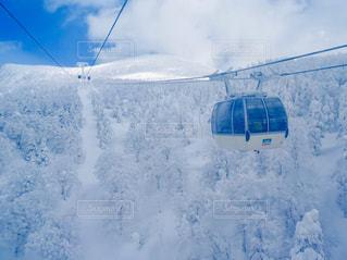 空,雪,白,青,雪山,景色,鮮やか,光,旅行,旅,スキー,ロープウェイ,山形,樹氷,蔵王,眺め,スノー