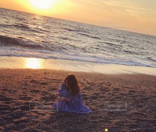 風景,海,秋,夕日,太陽,砂浜,人,秋空