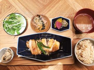 食べ物,食事,ランチ,健康的,ごはん,料理,定食,テーブルフォト