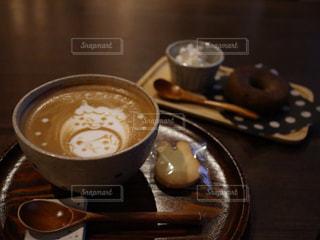 カフェ,コーヒー,テーブル,クッキー,カップ,カフェラテ,ラテアート,ドリンク,鬼,節分