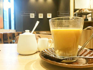 飲み物,カフェ,休憩,ベージュ,ほっこり,ミルクティー,ホットドリンク,ベーシック,ミルクティー色