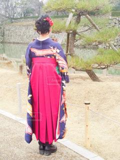 女性,後ろ姿,女,女子,人物,新緑,着物,人,和服,後ろ,袴