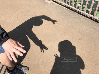 カップル,晴れ,足,ウォーキング,影,脚,デート,お散歩,影絵,晴れの日