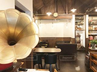 レストランのテーブル付きのキッチンの写真・画像素材[2271708]