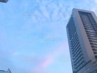 高い建物の写真・画像素材[2435373]