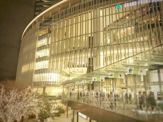 建物,大阪,反射,イルミネーション,都会,高層ビル,大阪駅,グランフロント,シャンパンゴールド