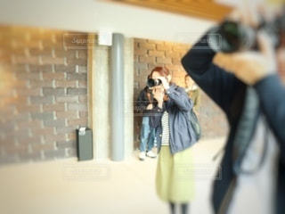 カメラ女子の写真・画像素材[3391878]