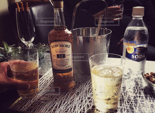 ボトル,カップ,ウイスキー,バー,ドリンク,アルコール,飲料,ハイボール,アンバサダー,ソフトド リンク,おうち時間