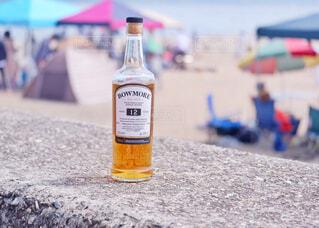 屋外,ボトル,地面,ウイスキー,ドリンク,アルコール,アンバサダー