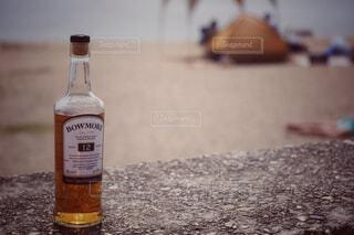 屋内,屋外,ボトル,地面,ウイスキー,ドリンク,アルコール,アンバサダー