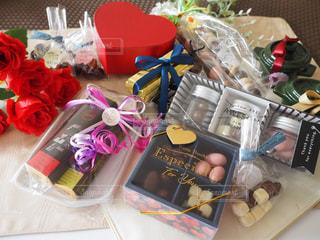スイーツ,バラ,プレゼント,ハート,洋菓子,お菓子,チョコレート,バレンタイン,チョコ,バレンタインデー,ギフト,複数,ラッピング,友チョコ,義理チョコ,本命チョコ,低糖質チョコレート