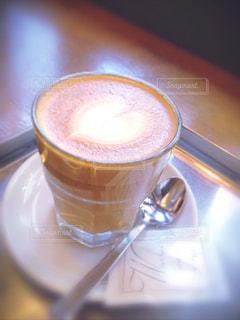 カフェ,茶色,ハート,リラックス,グラス,お茶,カフェラテ,ラテ,ベージュ,茶,ミルクティー色