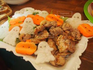 ハロウィンのパーティー料理の写真・画像素材[2499116]