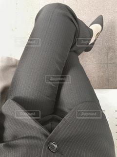 スーツとネクタイを着ている人の写真・画像素材[1859504]