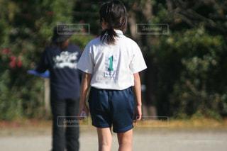 子ども,風景,屋外,女の子,人物,人,学校,小学生,運動,校庭,運動会,競走