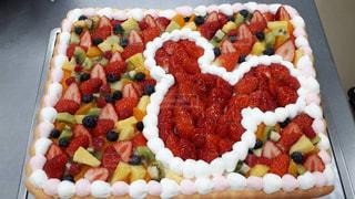 スイーツ,ケーキ,いちご,フルーツ,果物,ブルーベリー,パイナップル,ディズニー,Disney,ミッキー,ウェディングケーキ,キウイフルーツ,ウェディング,パティシエ,ケーキ屋さん