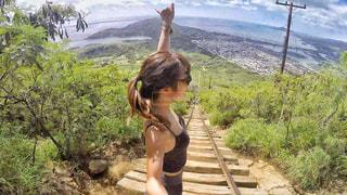 女性,海外,登山,旅行,未来,ハワイ,夢,ポジティブ,目標,アクティブ,フォトジェニック,可能性