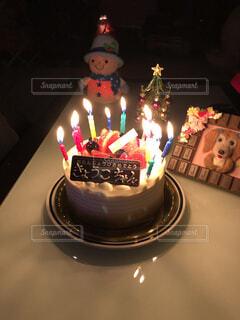 バースデーケーキの写真・画像素材[3988996]
