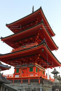 大きな赤い建物の写真・画像素材[914471]